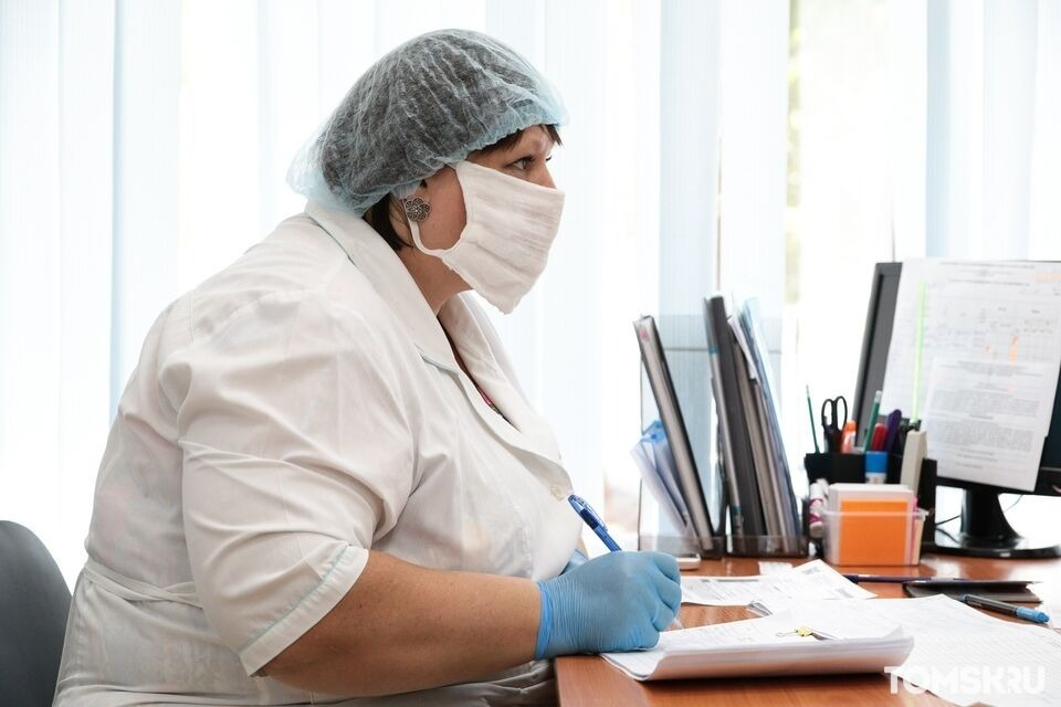 Оперштаб подтвердил наличие коек для пациентов с COVID-19 в ТОКБ