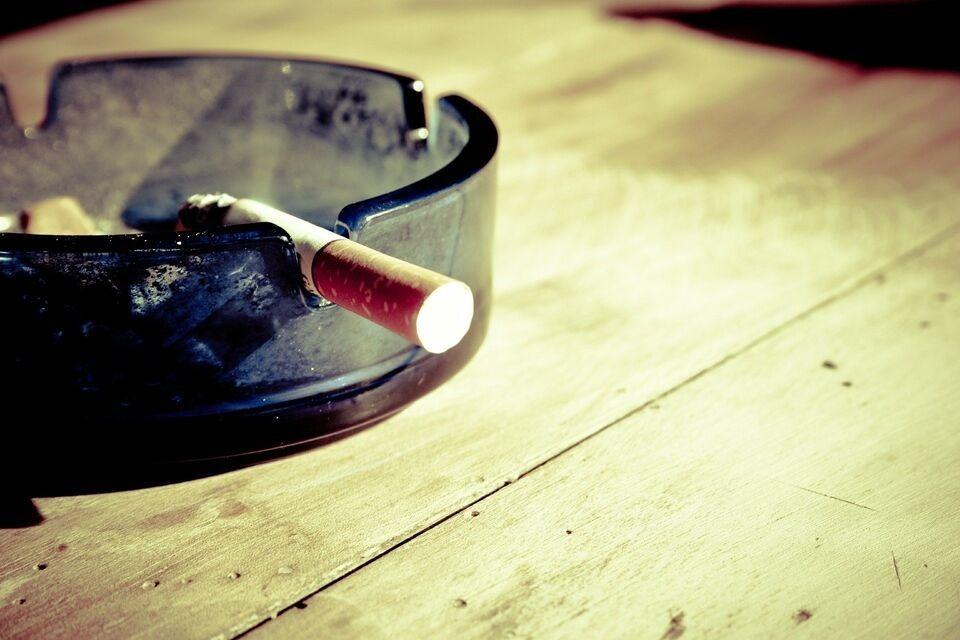 Роспотребнадзор рассказал, как Covid-19 протекает у курильщиков