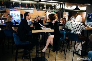 Взяли кредиты: вице-губернатор рассказал, почему открыли бары и ночные клубы