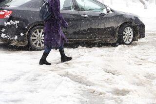 Сильный снег и метель сохранятся в Томске во вторник 9 марта