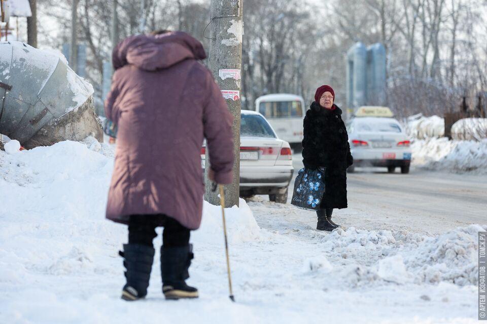 В Томской области продлили режим самоизоляции для работающих старше 65 лет