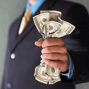 Объем сделок прямого однодневного РЕПО с ЦБ на утреннем аукционе в среду увеличился по сравнению со вторником почти на треть - до 115 млрд рублей с 88 млрд рублей при установленном ЦБ лимите в 300 млрдв рублей.
