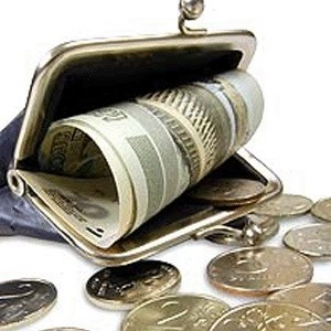 Минфин сохранит лимит средств на двух ближайших депозитных аукционах 14 и 15 октября, установленный на уровне 250 млрд рублей. Ставка размещения на аукционе 14 октября составит 8,25% годовых, а 15 октября - 8%.