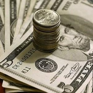 Депутаты Госдумы на заседании одобрили во втором и третьем чтениях законопроект, позволяющий увеличить страховое возмещение по банковским вкладам россиян с 400 тысяч до 700 тысяч рублей.