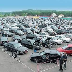 Комитет Автопроизводителей Ассоциации Европейского Бизнеса сообщает, что в текущем году продажи иностранных автомобилей в России увеличились. Однако при более глубоком рассмотрении, рост продаж оказывается только видимостью.