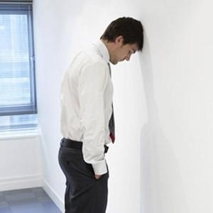 Каждый второй работодатель в России готовит массовые увольнения из-за начавшегося финансового кризиса. Под ударом в первую очередь окажутся офисные работники.