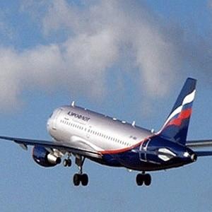 """Чистая прибыль группы компаний """"Аэрофлот"""" за шесть месяцев этого года упала на 55,2%. В компании это связывают с резким ростом цен на авиатопливо. От этой проблемы пострадал не только """"Аэрофлот"""", но и многие другие авиаперевозчики России."""