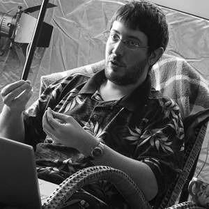 """Артемий Лебедев, известный дизайнер, теперь станет представителем издательского дома """"Коммерсант"""" в компании """"Суп"""", владеющей русскоязычным сектором """"Живого Журнала""""."""