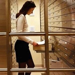 Основной акционер Промсвязьбанка, нидерландская компания Promsvyaz Capital B.V., предварительно договорился об интеграции в банковскую группу Ярсоцбанка.