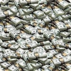 20 октября Европейский банк реконструкции и развития подписал соглашение о предоставлении Мастер-Банку необеспеченного займа в размере 234 млн рублей сроком на 4 года. Кредитные средства были выделены Мастер-Банку на поддержку программ по кредитованию среднего и малого бизнеса.