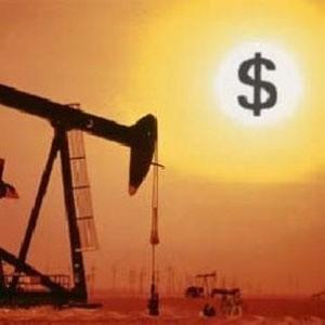 """Падение европейских и американских фондовых индексов в среду, подогревшее опасения в отношении темпов роста экономики и спроса, перекрыло """"бычьи"""" спекуляции относительно возможных агрессивных действий со стороны ОПЕК, направленных на удержание снижения цен на нефть. Котировки падали."""