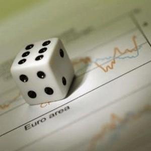 """Торговую сессию вторника российские фондовые индексы завершили в глубоком минусе. Падение демонстрировали практически все акции, но сильнее других """"обвалились"""" котировки сырьевых компаний: НорНикель (-13.85%), """"Газпром"""" (-6.46%), Лукойл (-4.08%), """"Роснефть"""" (-7.65%)."""