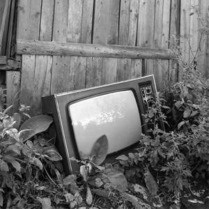 """Руководство телекомпании """"Петербург-Пятый канал"""" с 1 ноября 2008 года сократит 15% своих штатных сотрудников. Таким образом компания намерена оптимизировать расходы в условиях финансового кризиса."""