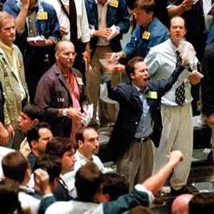 В связи с повышением технического индекса более чем на 10% по сравнению со значением технического индекса закрытия, торги на рынке акций РТС приостановлены