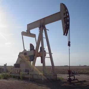 Экспортная пошлина на сырую нефть с 1 ноября 2008 года снижена на 22,8%. Теперь ее размер составляет $287,3 за баррель, вместо введенных 1 октября $372,2.