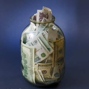 ЦБ РФ частично компенсирует банкам с рейтингом ВВ, имеющим на менее 30 млрд рублей собственного капитала, убытки от сделок с другими кредитными компаниями.