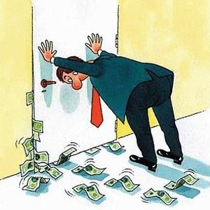 """Чистый отток капитала из РФ составил в октябре около $50 млрд, сообщил председатель Банка России Сергей Игнатьев. """"Чистый отток частного капитала - порядка $50 млрд. Более точные цифры будут в ближайшие дни"""", - сказал он."""
