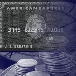 Мировой финансовый кризис прошелся по многим крупным компаниям. Теперь он добрался до American Express Co. (AmexCo), крупнейшая в мире система пластиковых карт, которая ради своего спасения просит у властей США помощь в размере $3,5 млрд.