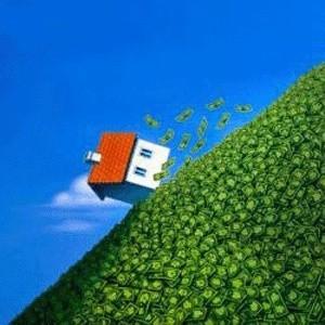 Предложение на рынке первичного жилья в Подмосковье  в октябре упало на 2,5% по суммарной площади квартир. Больше всего квартир в новостройках продается на западе и востоке Московской области. Средняя цена в рублях выросла на 1,5%, а в долларах снизилась на 2,7%.