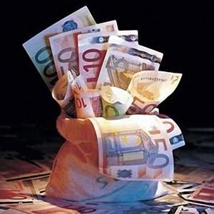 В январе-сентябре 2008 года объем иностранных инвестиций в РФ сократился по сравнению с аналогичным периодом прошлого года на 13,8% и составил 75,8 млрд долларов, при этом накопленный иностранный капитал по состоянию на конец сентября достиг 251,3 млрд долларов, что на 27% больше чем годом ранее, сообщил Росстат.