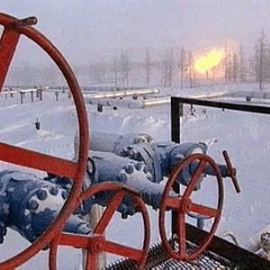 Газпром сократил прогноз по объемам добычи газа с 561 до 533-552 миллиардов кубометров в год, заявил заместитель начальника департамента по добыче газа Газпрома Александр Калинкин.