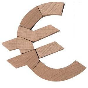 Европейский Центробанк (ЕЦБ) выделил кредитным организациям еврозоны более 334 миллиардов евро (429 миллиардов долларов). Кредиты будут предоставлены банкам сроком на одну неделю. Минимальная ставка по кредитам составит 3,25 процента.