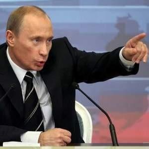 на Украину подан первый судебный иск со стороны члена ЕС за помехи в поставке российского газа. Тем временем российский премьер Владимир Путин выступил с призывом к остальным членам ЕС, оказавшимся без газа по вине Украины, обратиться в суд.