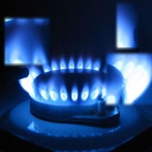 Представитель Чехии, председательствующей в ЕС, заявил, что Россия пообещала возобновить поставки газа в Европу через территорию Украины в 11.00 мск во вторник.