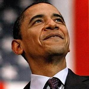 """Избранный президент США Барак Обама попросил администрацию нынешнего президента Джорджа Буша обратиться в Конгресс для получения оставшихся 350 миллиардов долларов из """"программы спасения""""."""