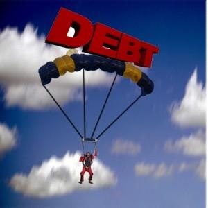 Каждый по-разному справляется с финансовыми проблемами, которые принес экономический кризис. Можно, например, сокращать расходы или наоборот пользоваться кризисной ситуацией для развития своего бизнеса, как это делает новосибирский предприниматель Дмитрий Докин. Но американец Маркус Шренкер (Marcus Schrenker) переплюнул всех: его антикризисным решением стала…собственная смерть.
