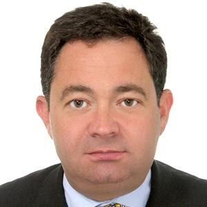 На вновь созданную должность директора по развитию бизнеса в области слияний и поглощений МегаФона назначен Дмитрий Кононов.