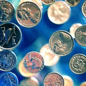 Все основные финансовые показатели Газпромбанка продемонстрировали по итогам 2008 года рост. Активы Банка увеличились на 104% с 1 061 млрд рублей на начало 2008 года до 2 162 млрд рублей по состоянию на 1 января 2009 г. Чистая прибыль составила 21,2 млрд рублей, что на 21% больше по сравнению с 2007 годом.