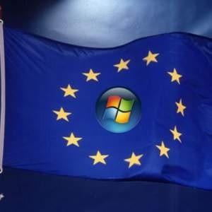 Еврокомиссия предъявила компании Microsoft новые обвинения в нарушении антимонопольного законодательства. Причиной для обвинений стал тот факт, что операционная система софтверного гиганта Windows поставляется со встроенным браузером Internet Explorer.