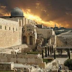 Израиль, туристический бизнес которого немало пострадал от мирового финансового кризиса и военных действий на Ближнем Востоке, надеется восстановить объемы турпотока за счет увеличения финансирования рекламных компаний.