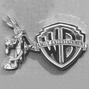 Голливудская киностудия Warner Bros. объявила о сокращении 10% сотрудников.