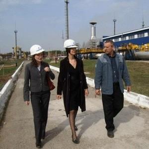 """Две государственные нефтекомпании - """"Газпром нефть"""" и """"Роснефть"""" - в рамках оптимизации в 2009 году собираются сократить штат центрального аппарата на 10%."""