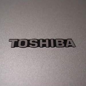 Японская компания Toshiba, мировой производитель электроники и бытовой техники, из-за резкого падения спроса замораживает строительство двух заводов по производству деталей для сотовых телефонов и цифровых камер.