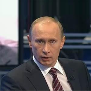 Параллельно ВСТО может быть проложена и газовая труба, заявил Владимир Путин на Всемирном экономическом форуме в Давосе. Это сможет диверсифицировать маршруты поставок российского газа. По словам экспертов, переговоры с Китаем о поставках российского газа могут, наконец, сдвинуться с мертвой точки.
