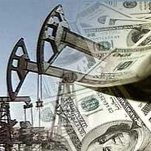 Выручка Организации стран - экспортеров нефти (ОПЕК) от продажи нефти за рубеж в 2009 году снизится, по предварительным данным, более чем в два раза и составит 402 миллиарда долларов. Об этом говорится в материалах Министерства энергетики США.