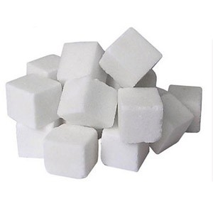 """Московские власти выпустили в продажу из городского продовольственного резерва 724 тонны сахара на прилавки аккредитованных магазинов для сдерживания роста розничных цен на этот продукт, которые в начале февраля """"подскочили"""" примерно на 9%,"""