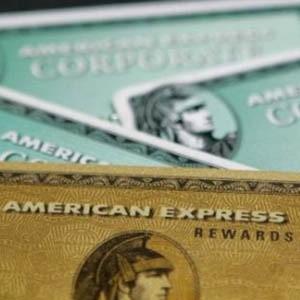 American Express, крупнейшая американская компания, специализирующаяся на выпуске кредитных карт, готова доплатить по 300 долларов своим клиентам за закрытие счетов.