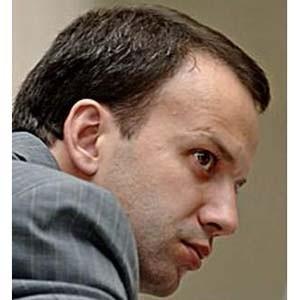 Рецессия в мире и в РФ в ближайшие три-четыре месяца продолжится, но уже во второй половине 2009 года может начаться некоторое оживление в отдельных секторах российской экономики, заявил помощник президента РФ Аркадий Дворкович.
