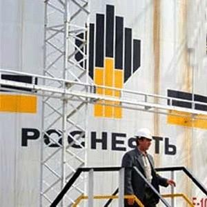 """НК """"Роснефть"""" раскрыла консолидированную финансовую отчетность по ОПБУ США за IV квартал и 12 месяцев 2008г. Чистая прибыль за год составила рекордные 11 120 млн долл., увеличившись на 71,5% по сравнению с 2007г. """"Роснефть"""" сохранила мировое лидерство по темпам роста добычи нефти."""