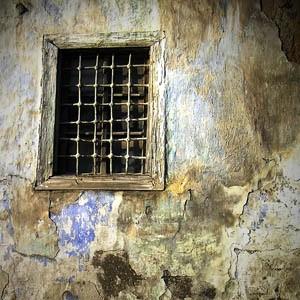 Прокуроры требуют приговорить американского финансиста Бернарда Мейдоффа, которого обвиняют в создании финансовой пирамиды, к 150 годам тюремного заключения.