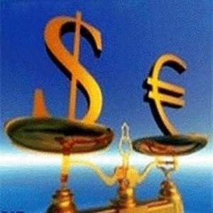 Официальный курс доллара, установленный ЦБ с 13 марта, составляет 35,2944 рубля, курс евро - 45,0674 рубля. Курс доллара вырос по сравнению с 12 марта на 17,80 копейки, курс евро - на 64,16 копейки.