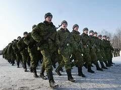 В этом годуроссийской армии не суждено переодется в дизайнерскую форму от известного модельера Валентина Юдашкина. Переобмундирование перенесено на неопределенный срок.