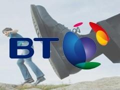 Крупнейшая телекоммуникационная компания Великобритании (BT Group) вынуждена сократить около 15 тысяч сотрудников до конца текущего года.
