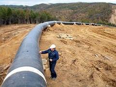 """Сегодня """"Газпром"""" планирует подписать соглашения о сотрудничестве и создании совместных предприятий в рамках строительства газопровода """"Южный поток"""" с энергетическими компаниями Болгарии, Греции, Сербии и Италии. Эти документы должны определить окончательный вариант маршрута газовой ветки."""