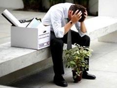 Ситуация с безработицей быстро не исправится, но и резкого ее ухудшения не предвидится, заявил помощник президента Аркадий Дворкович. Он отметил, что темп прироста безработицы фактически остановился.