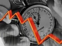 В понедельник на фоне падающих цен нефть и негативной динамики мировых бирж на российском фондовом рынке наблюдались распродажи по всему спектру ликвидных бумаг: РТС (-3,03%), ММВБ (-5,02%).